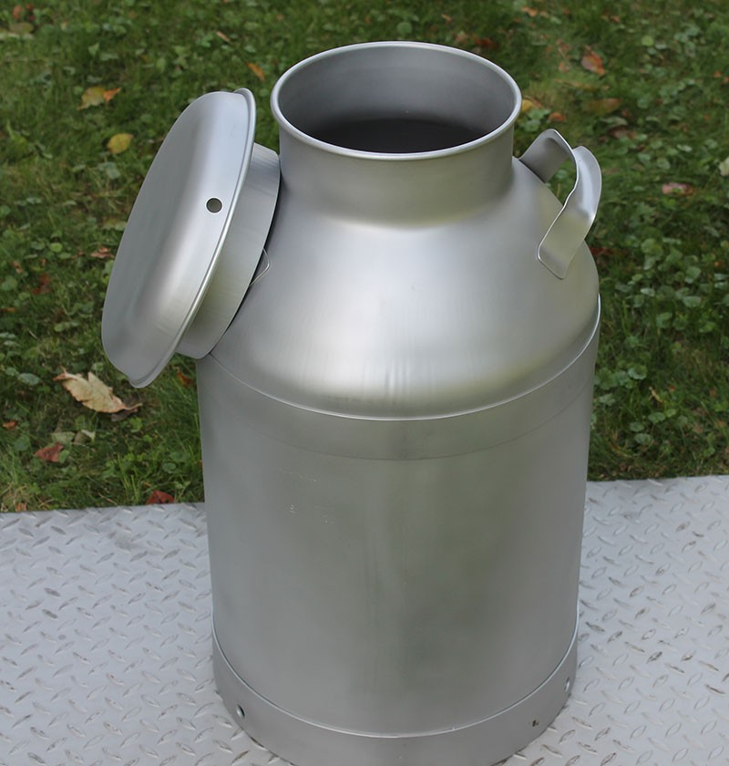 Made In The USA New HD Stainless 10 Gallon Milk Can