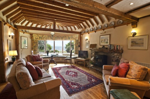 Thatcher's Rest Cottage living room with great sea views.