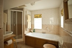 Little Orchard Cottage luxury en-suite