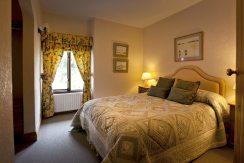 Thatcher's Rest Cottage luxury double bedroom