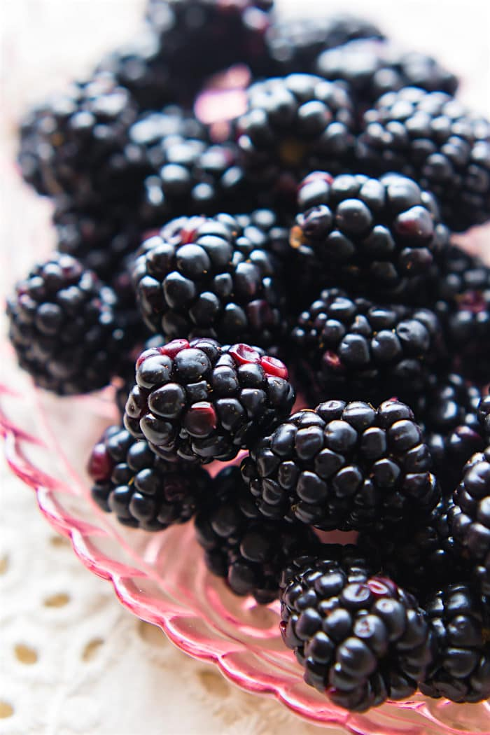 Best Blackberry Wine Cake Recipe