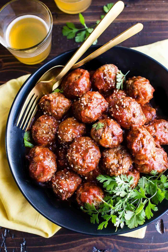 Sweet and Spicy Sriracha Paleo Meatballs