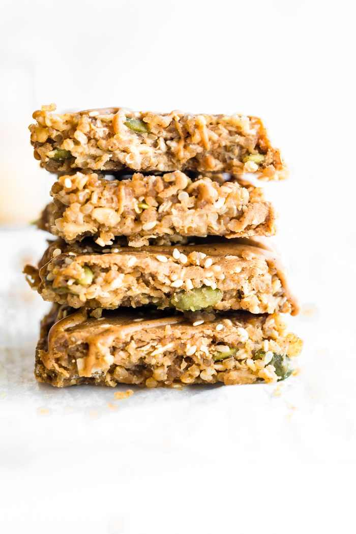 Maple Sesame Quinoa Bars are a delicious vegan breakfast or energy bar. Maple syrup, sesame, sunflower seed butter, & quinoa make for a sweet nutty flavor.