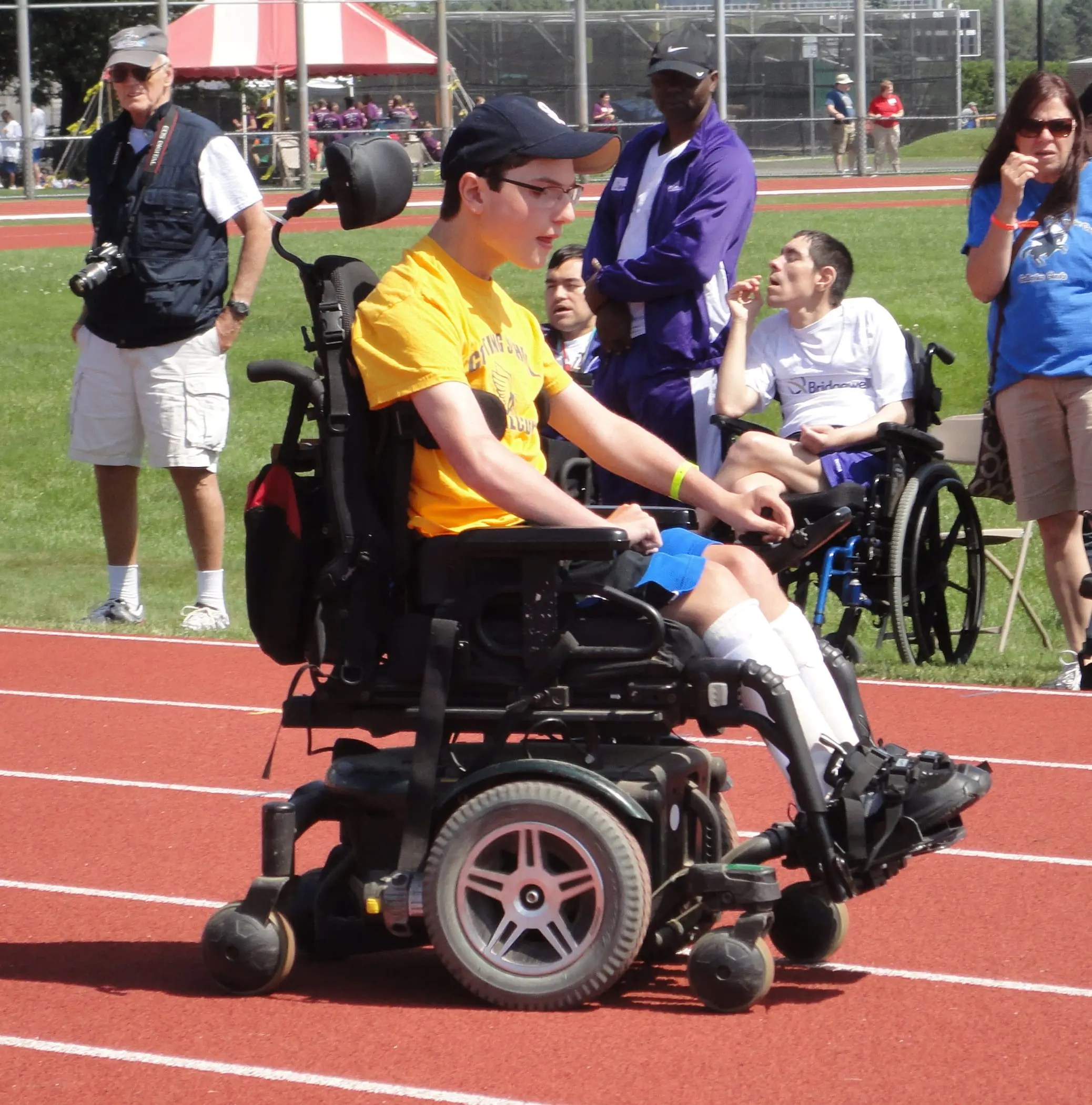 wheelchair olympics white bar chairs special cotting school student in a participating the