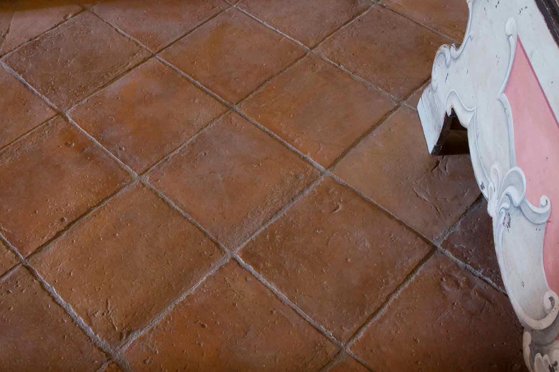 Pavimento antico in cotto fatto a mano  CottoItaliait