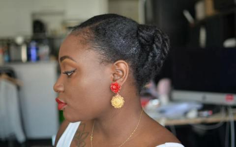 coiffure facile et rapide pour soirée ou marige sur cheveux crépus