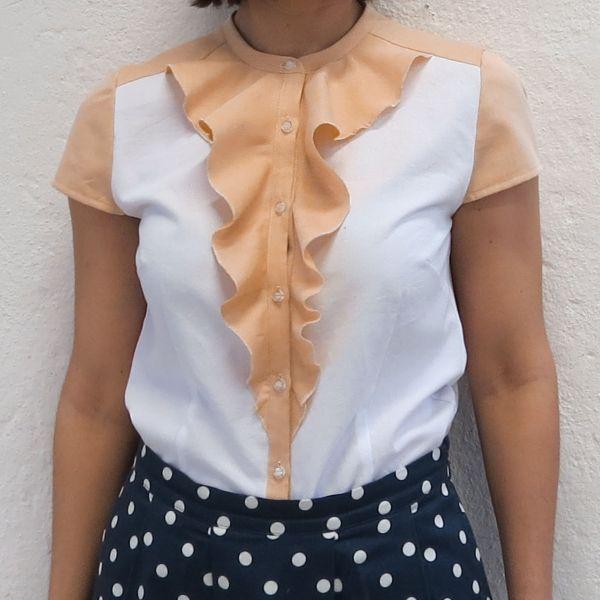 Bluse i skjortestoff med struktur