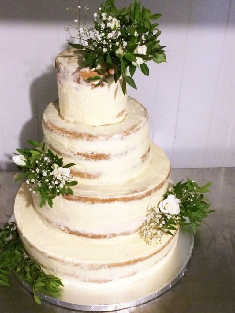 Hochzeitstorte_vierstoeckig