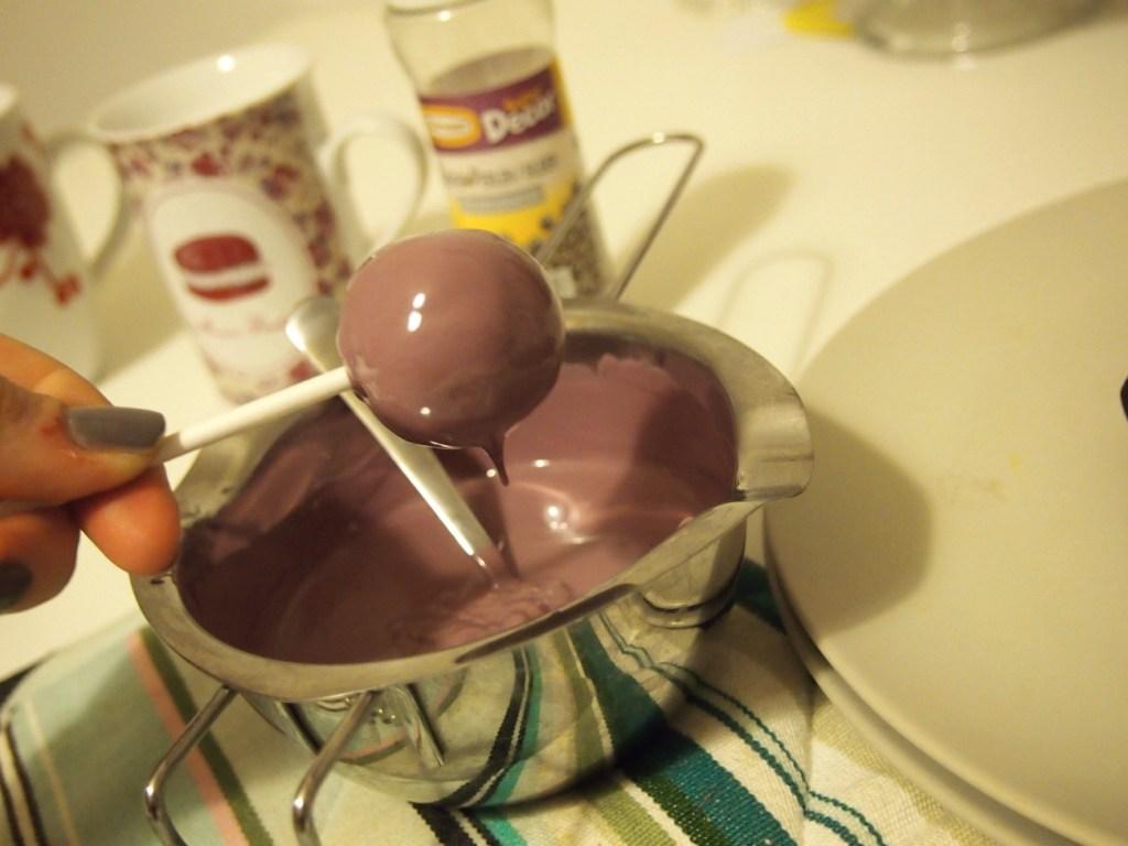 Schoko Rum Cakepops
