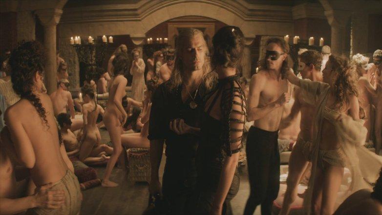 Les actrices inconnues nues dans la série Witcher sur Netflix 1