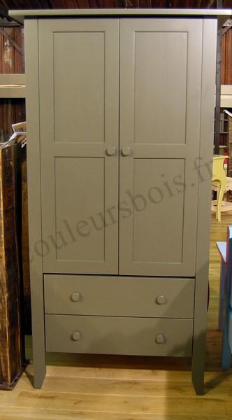 armoire pour bebe et enfant en bois massif avec nombreuses couleurs