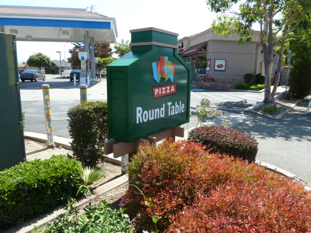 Round Table Pizza Newark CA Signs Amp Designs