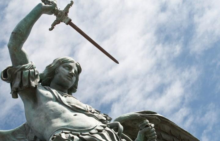 Luz de Maria – Do not Fear, Though Evil is Lurking
