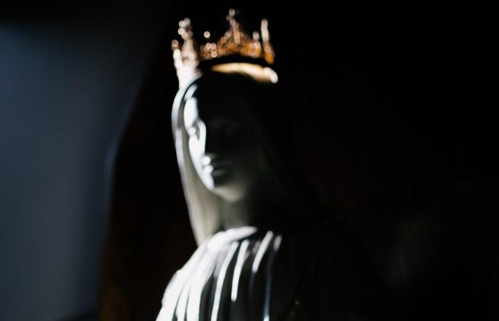 Luz – Regina della Fine dei Tempi