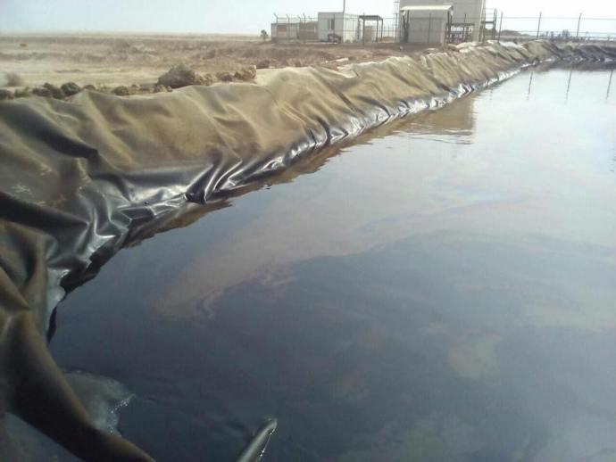 ahwaz-oil-storage