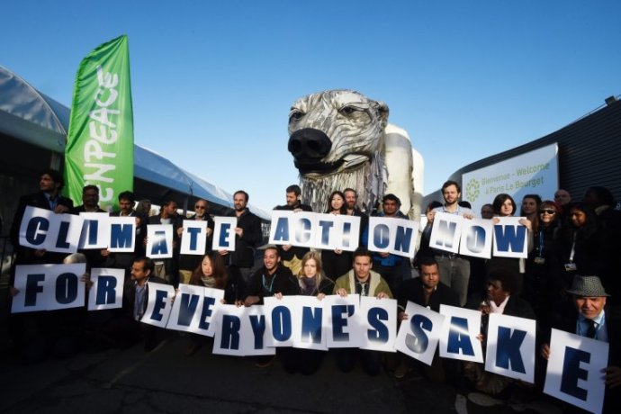 cop21-greenpeace-protesters