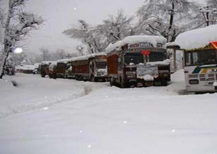 kashmir-snowfall