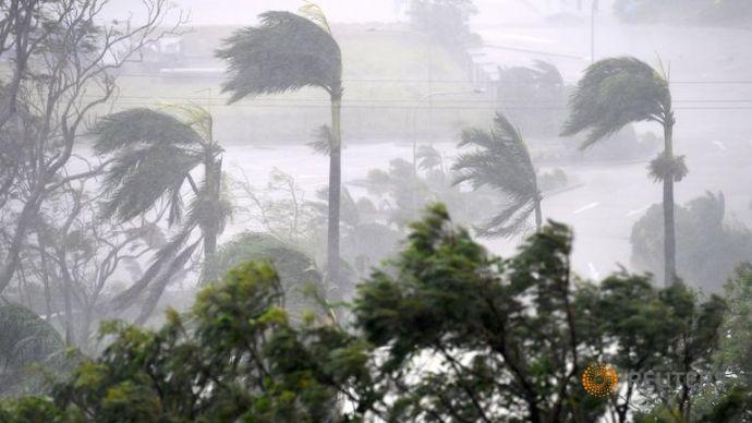 cyclone-debbie