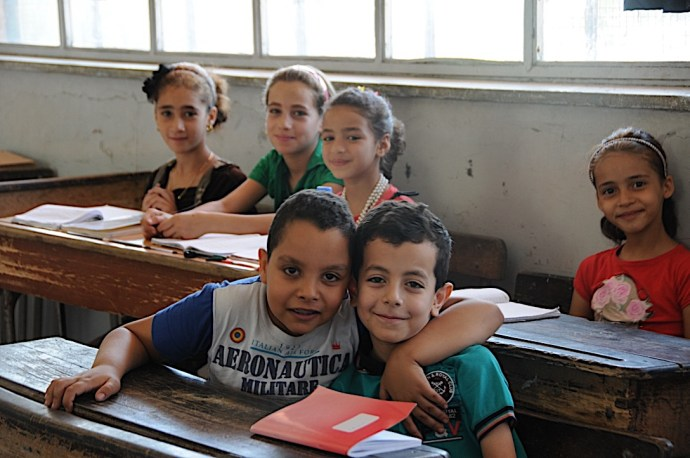 Learning together at Palestinian school in Damascus