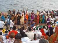 Thousands Of Sardar Sarovar Dam Oustees Pledge To Struggle Against Forceful Eviction