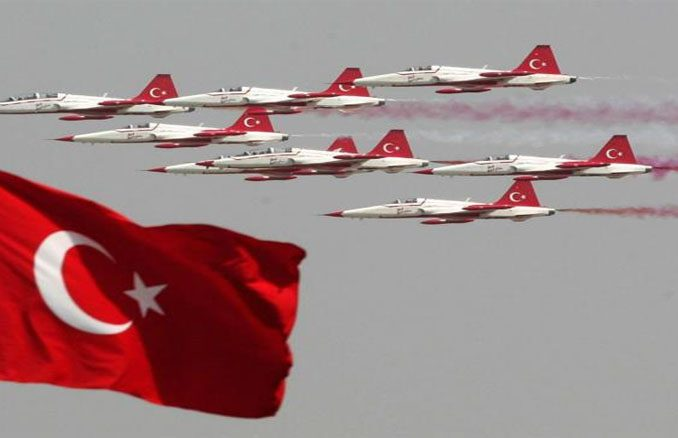 Turkey-Qatar-joint-military-exercises-678x438
