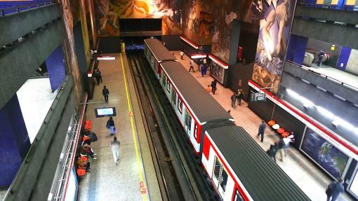 Santiago Metro - huge public art gallery