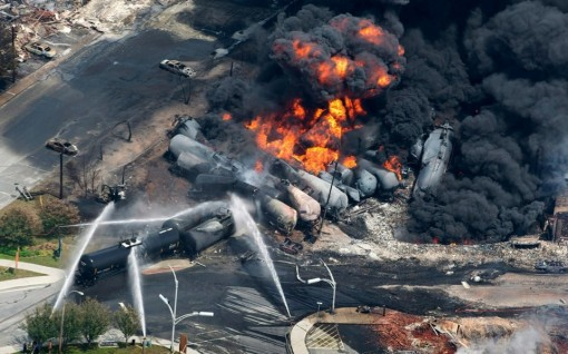 src.adapt.960.high.Lac_Megantic_explosion_101414.1414428570122