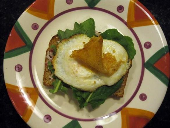 Arugula and egg sandwich