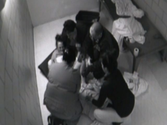 nc_jailbirth0209_mezzn_292814
