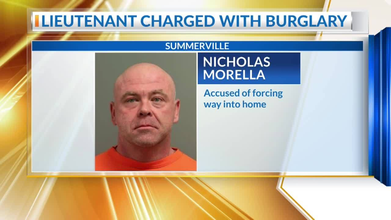 Summerville_officer_charged_with_burglar_5_20190325121636