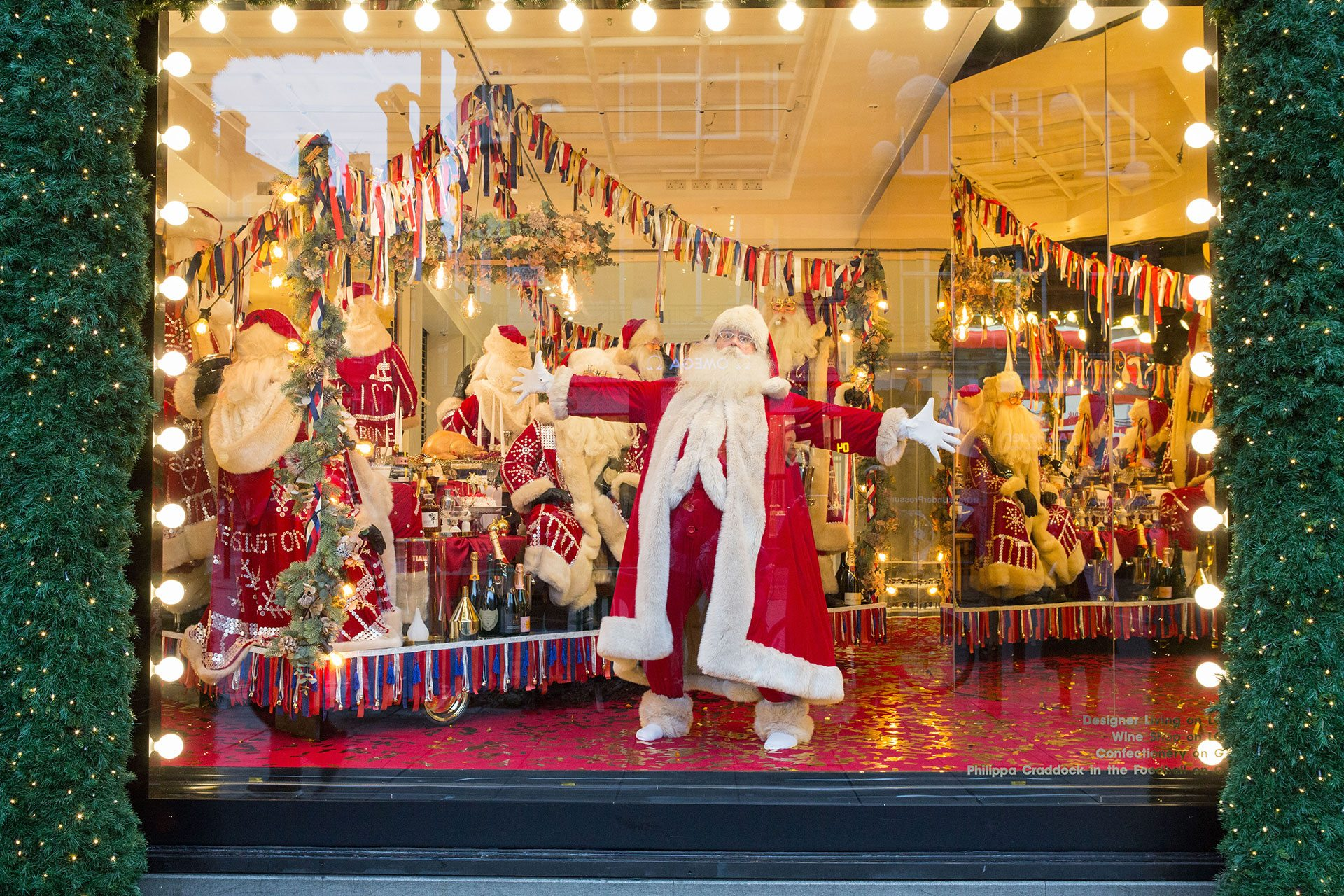 The 6 Best Christmas Window Displays In London 2017 What