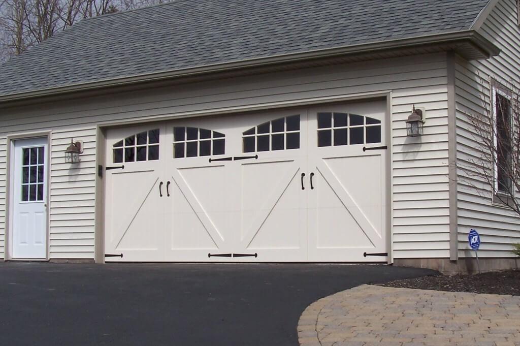 Carriagestyle Garage Doors  Garage Door Options  Janesville WI  Country Door Systems