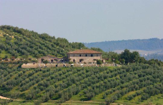 Country House sul Lago Trasimeno in Umbria  Gradassi