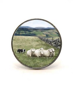 Highland Collection - Circular Magnet (Sheep & Sheepdog)
