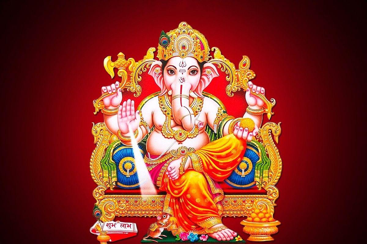 वाराणसी डेस्क /भाद्रपद की शुक्ल चतुर्थी के दिन भगवान गणेशजी का जन्म हुआ था,गणपति की स्थापना करके गणेशोत्सव मनाया जाता है