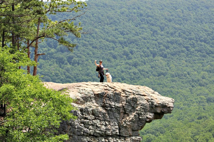 Hiking Arkansas Hawksbill Crag