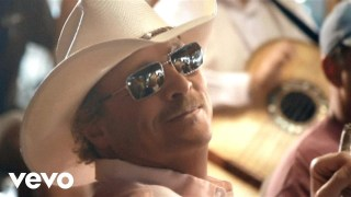 Alan Jackson – Long Way To Go Thumbnail