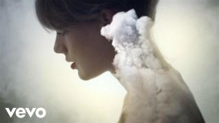 Taylor Swift – Style Thumbnail