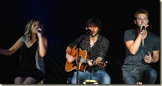 Lady Antebellum Friday 196