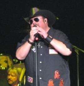 "Colt Ford to make his debut at Grand Ole Opry & a chance for you to win ""Cold Beer"""