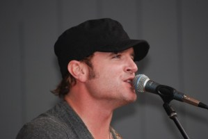 Jerrod Niemann performs for fans at Steel Creek Park in Bristol, Tenn.