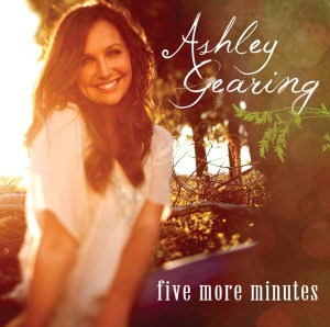 """Ashley Gearing releases emotionally-charged new single, """"Five More Minutes"""""""
