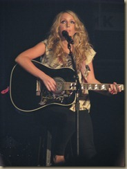 Miranda_Lambert_in_Knoxville,_TN_233