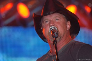 Didn't get to Fun Fest on Saturday to see Trace Adkins? Here's what you missed.