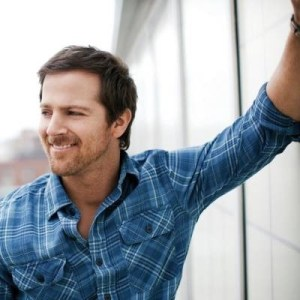 "Kip Moore's ""Somethin' 'Bout a Truck"" Hits No. 1–Performing With Tim McGraw For Memorial Day Concert"