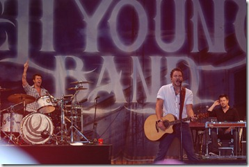 Eli Young Paramount 017