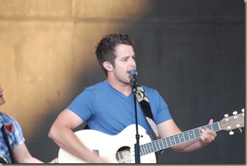 Easton Corbin 006