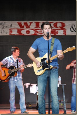 Easton Corbin 062