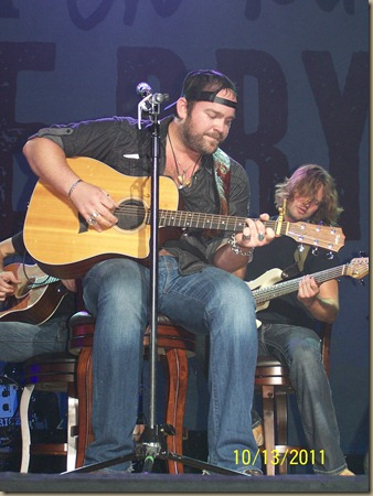 Lee Luke CMT Tour 074