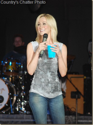 Kellie Pickler 115